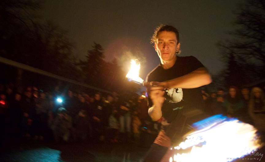 Ora Pamantului Bucuresti noapte ploaie foc Herastrau - Foto_Aurel-Virlan_Emails 8