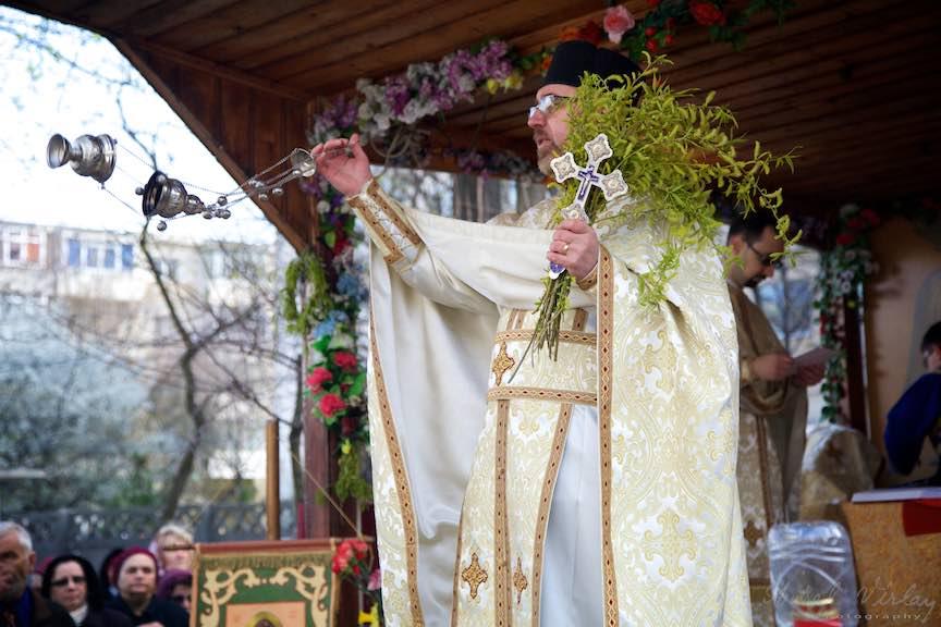 Sarbatoare Florii Biserica - Fotograf_AurelVirlan - EmailsWeb 223