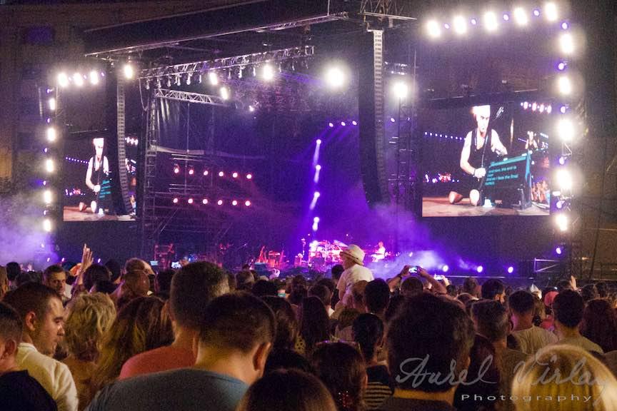Concert-Robbie-Williams-Bucuresti-Piata-Constitutiei_Aurel_Virlan-Emails33