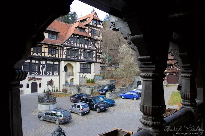 13-vedere-din-balconul-de-lemn-Vila-B-Economat-La-Turnuri