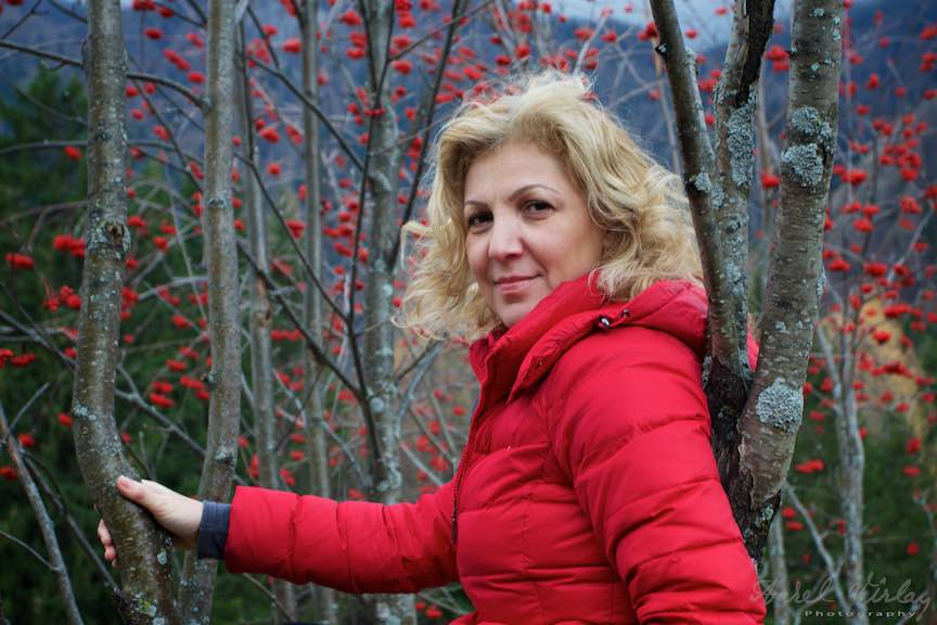 26-Corina-Schepp_arbori-poame-rosii-Sinaia-Poiana-Stanii-regale-Fotografie_Aurel-Varlan-Emails25