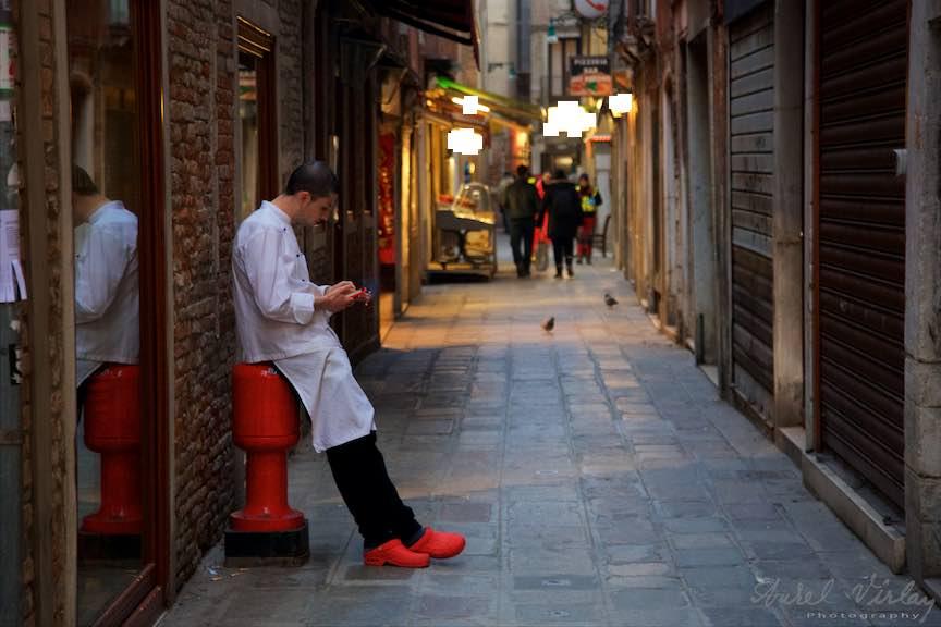 Venetia-Italia-Strazi-cladiri-vechi-canale-gondolieri-FotografAurelVirlan-Emails111