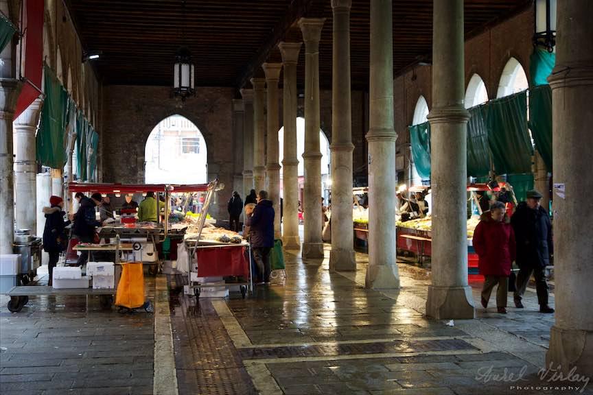 Venetia-Italia-Strazi-cladiri-vechi-canale-gondolieri-FotografAurelVirlan-Emails17
