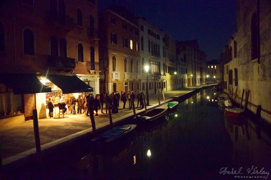 Venetia-Italia-Strazi-cladiri-vechi-canale-gondolieri-FotografAurelVirlan-Emails45