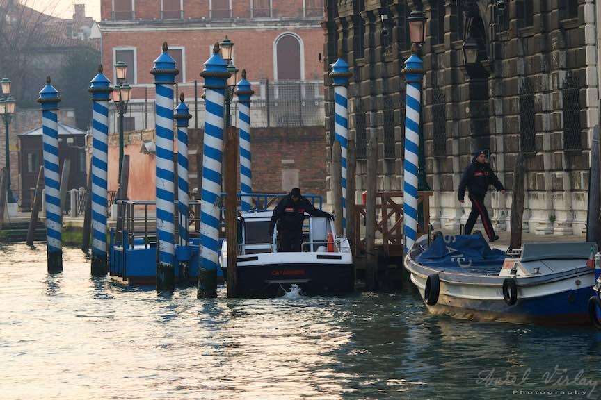 Venetia-Italia-Strazi-cladiri-vechi-canale-gondolieri-FotografAurelVirlan-Emails49
