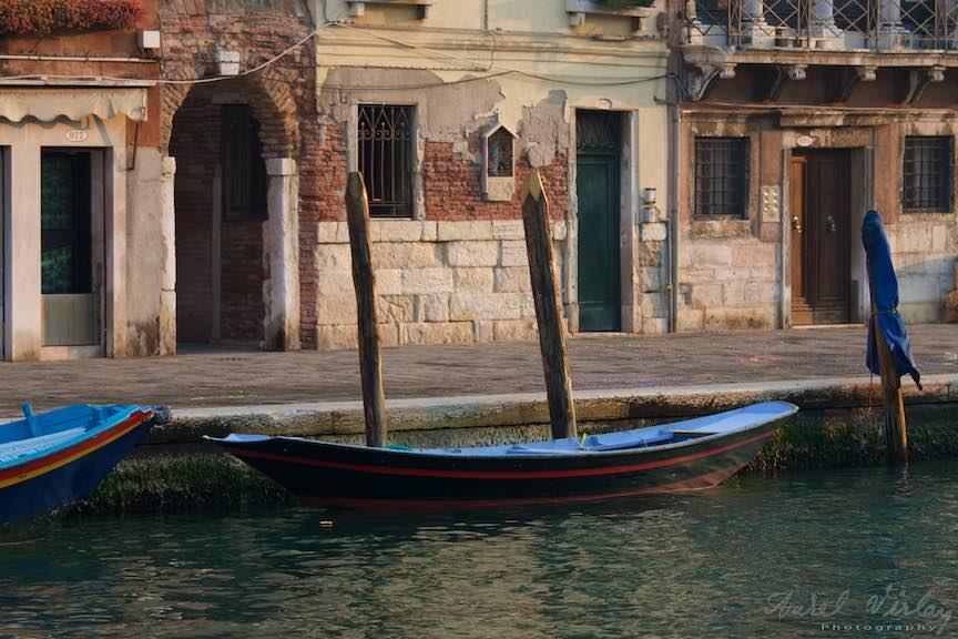 Venetia-Italia-Strazi-cladiri-vechi-canale-gondolieri-FotografAurelVirlan-Emails55