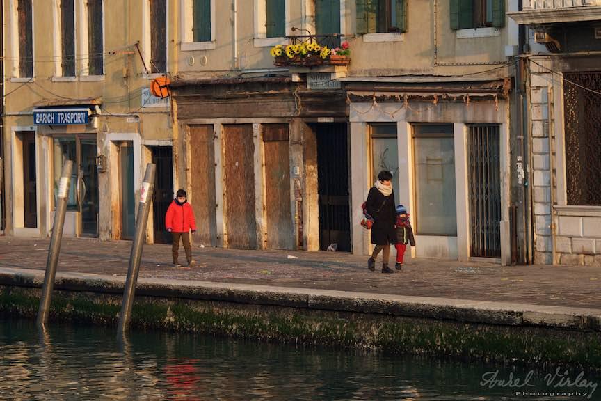Venetia-Italia-Strazi-cladiri-vechi-canale-gondolieri-FotografAurelVirlan-Emails59