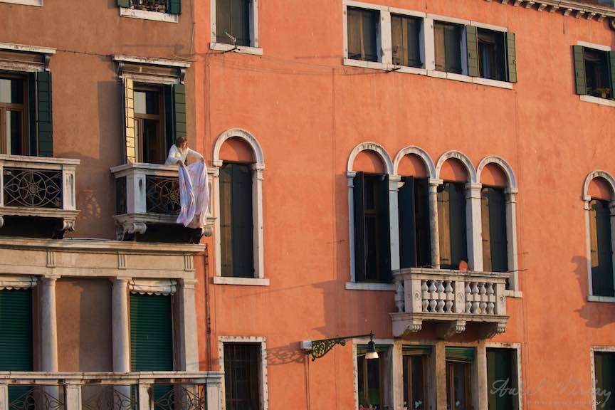 Venetia-Italia-Strazi-cladiri-vechi-canale-gondolieri-FotografAurelVirlan-Emails60