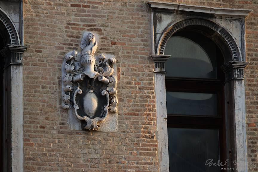 Venetia-Italia-Strazi-cladiri-vechi-canale-gondolieri-FotografAurelVirlan-Emails70