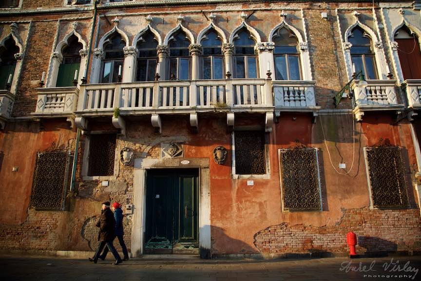 Venetia-Italia-Strazi-cladiri-vechi-canale-gondolieri-FotografAurelVirlan-Emails76