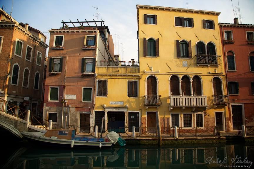 Venetia-Italia-Strazi-cladiri-vechi-canale-gondolieri-FotografAurelVirlan-Emails77