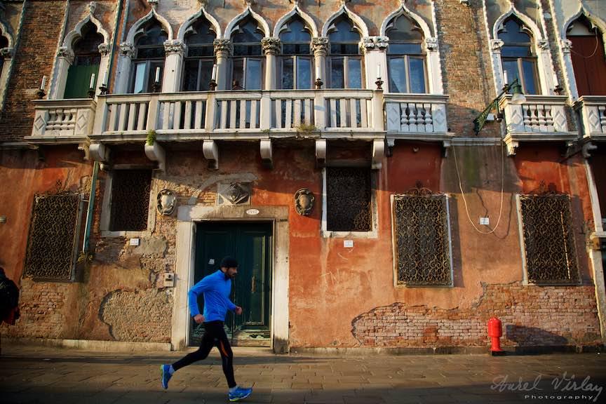 Venetia-Italia-Strazi-cladiri-vechi-canale-gondolieri-FotografAurelVirlan-Emails78