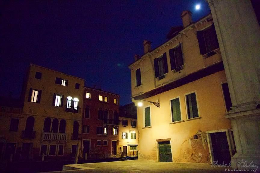 Venetia-Italia-Strazi-cladiri-vechi-canale-gondolieri-FotografAurelVirlan-Emails8