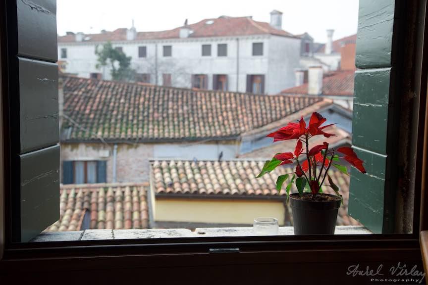 Venetia-Italia-Strazi-cladiri-vechi-canale-gondolieri-FotografAurelVirlan-Emails88