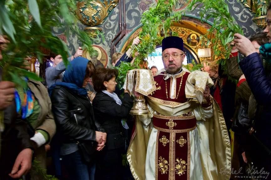 21-Liturghia-Florii-biserica-Aparatorii-Patriei-2-Sfantul-Ambrozie_Foto-Aurel-Virlan