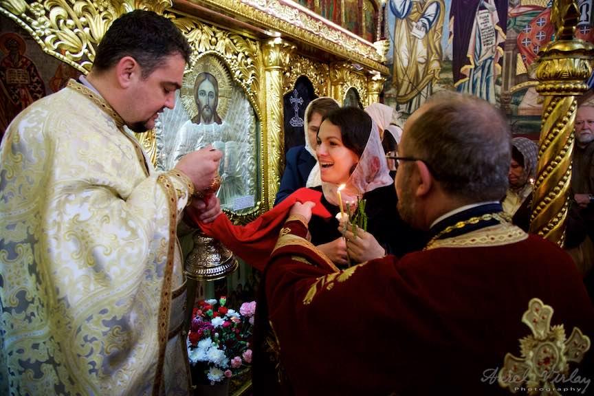 23-Impartasanie-Florii-biserica-Aparatorii-Patriei-2-Sfantul-Ambrozie_Foto-Aurel-Virlan