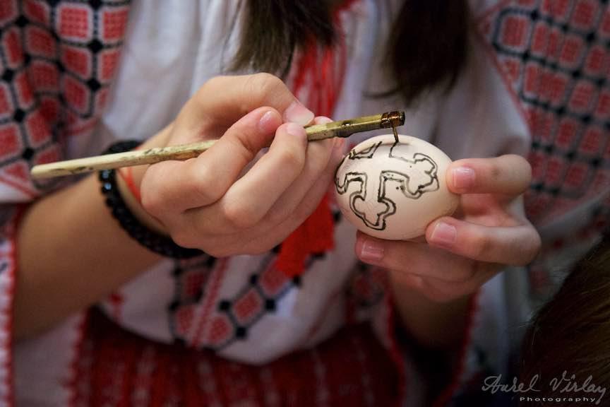 Incondeiat-oua-rosii-Pasti-Ortodox-2016_Foto-Aurel-Virlan_Emails49