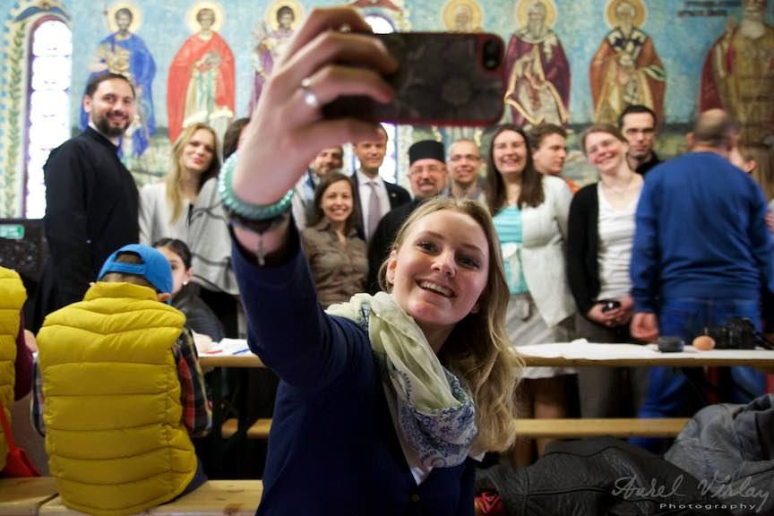 Incondeiat-oua-rosii-Pasti-Ortodox-2016_Foto-Aurel-Virlan_Emails58