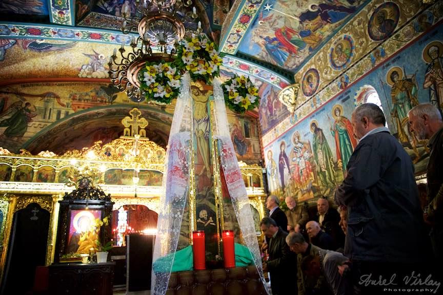Slujba-Joia-Mare-12-Evanghelii-Pasti-Ortodox-2016_Foto-Aurel-Virlan_Emails5