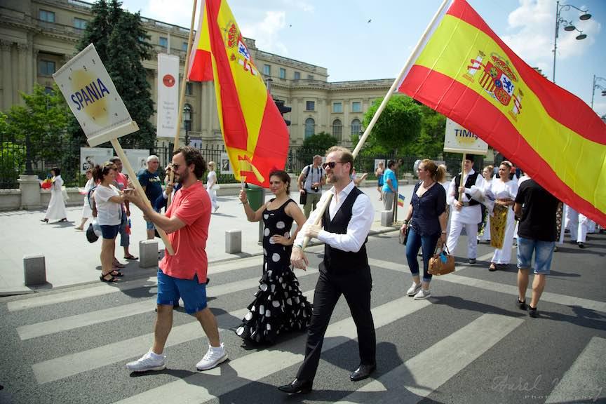 04-FIF-Festivalul-Folclor-Cismigiu-Bucuresti-Creart-Parada-Costumelor-Populare-Spania_Foto-Aurel-Virlan