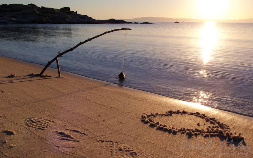 06-Grecia-plaja-Karidi-Beach-inimioara-nisip-undita-Voruvourou-rasarit-soare_Fotografie-Aurel-Virlan