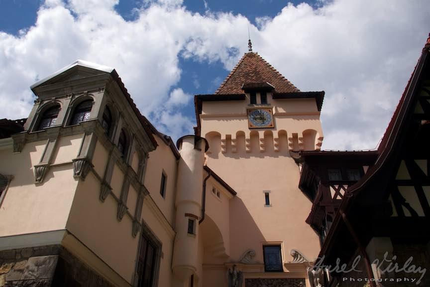 06-Vila-Economat-cerul-albastru-nori-Sinaia_Fotografie-Aurel-Virlan