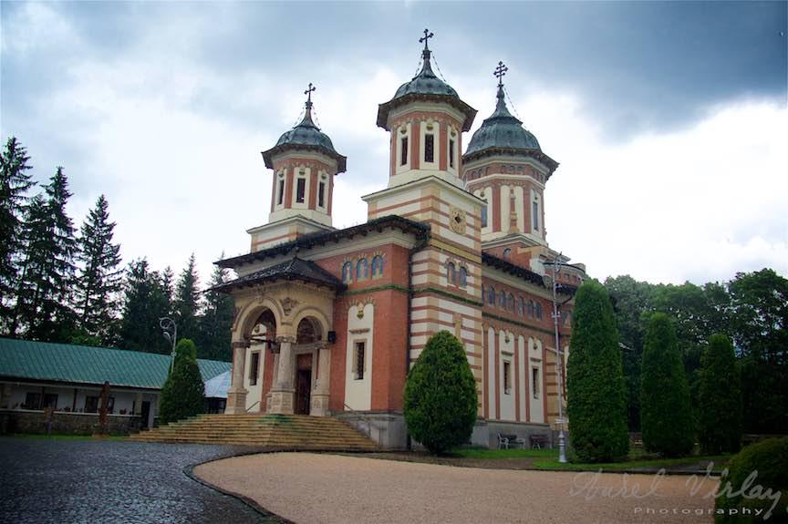 21-Manastirea-Sinaia-Biserica_Fotografie-Aurel-Virlan