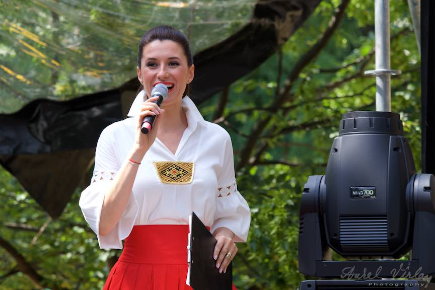 40-FIF-Festivalul-Folclor-Cismigiu-Bucuresti-Creart-Iuliana-Tudor_Foto-Aurel-Virlan