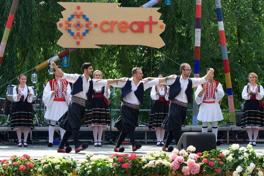 47-FIF-Festivalul-Folclor-Cismigiu-Bucuresti-Creart-dans-grecesc-sirtaki_Foto-Aurel-Virlan