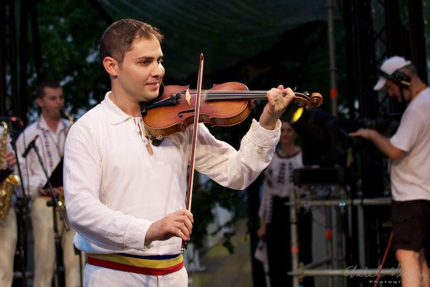 58b-FIF-Editia-10-Festival-Cismigiu-Bucuresti-Creart-Marius-Zorila_Foto-Aurel-Virlan