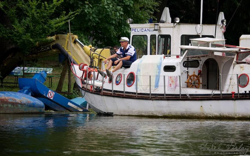 07-capitanul-de-vapor-repaus-si-liniste-Lacul-Snagov_Foto-Aurel-Virlan