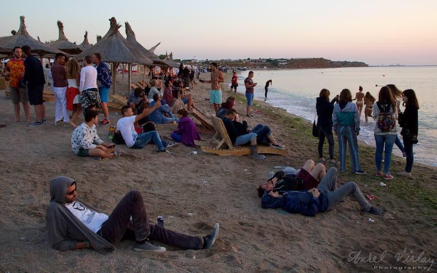 15-Rasarit-de-soare-plaja-Vama-Veche-oameni-frumosi-Fotografie-Aurel_Virlan