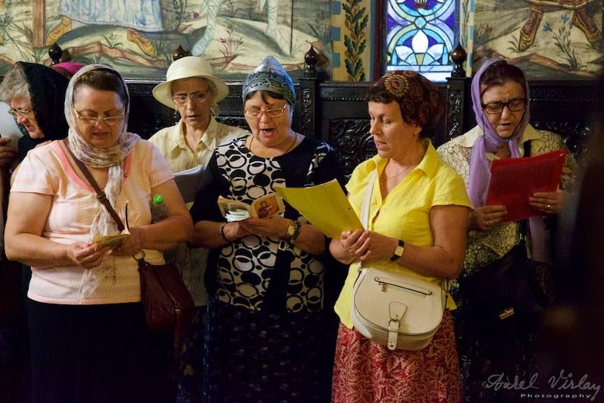 15-cantare-catre-Maica-Domnului-biserica-Aparatorii-Patriei-2-Sfantul-Ambrozie_Foto-AurelVirlan