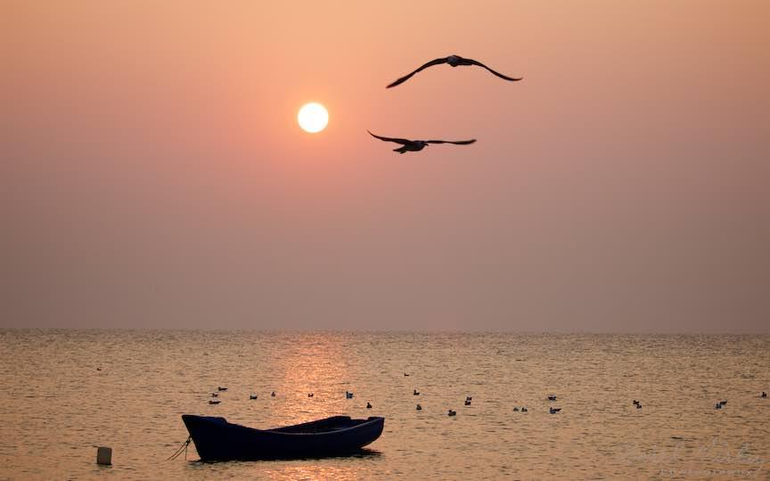 18-Vama-Veche-Pescarusi-barca-rasarit-soare-Fotografie-Aurel-Virlan