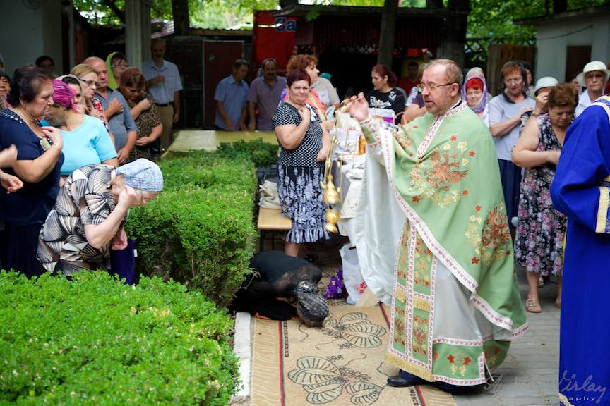 51-Slujba-religioasa-ortodoxa-biserica-Aparatorii-Patriei-2-Sfantul-Ambrozie_Foto-AurelVirlan