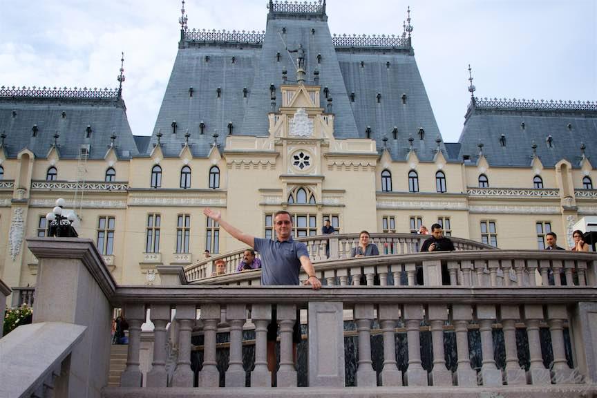 07b-terasele-palatului-culturii-iasi-romania_fotograf-aurel-virlan