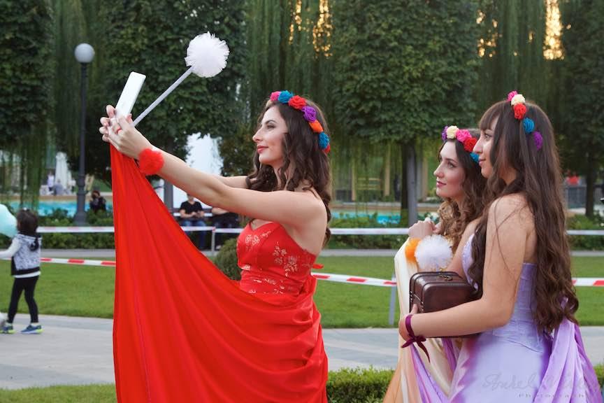 10a-selfie-fete-frumoase-coronite-flori-iasi-romania_fotograf-aurel-virlan