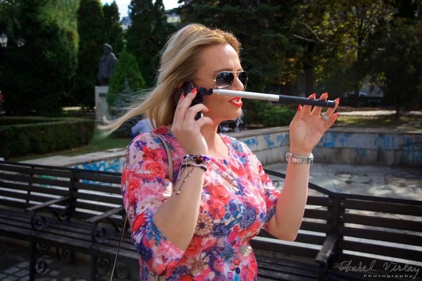 16a-cum-vorbim-la-telefon-selfie-iasi-romania_fotograf-aurel-virlan