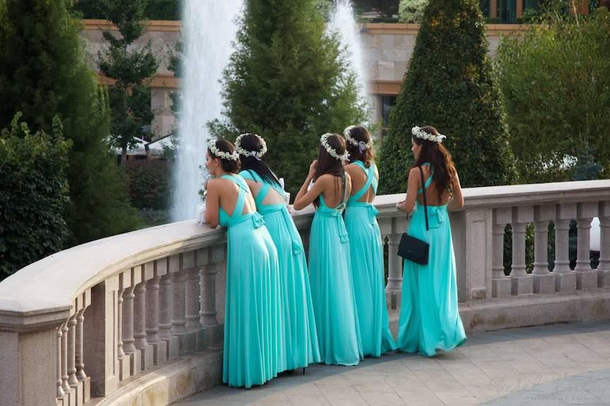 52a-cinci-domnisoare-onoare-rochii-verde-turcoaz-iasi-romania_fotograf-aurel-virlan