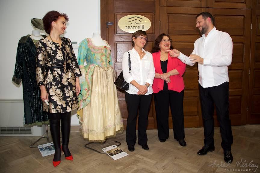 leontina-vaduva-u-expo-costume-creart_foto-aurelvirlan-emails50