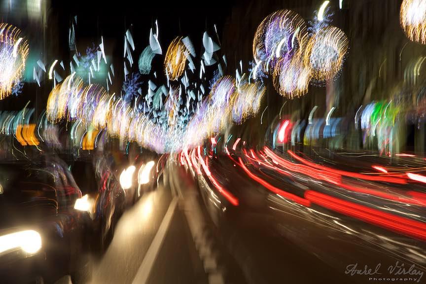 Fotografii din miscare cu Luminile de Sarbatori ale Bucurestilor.