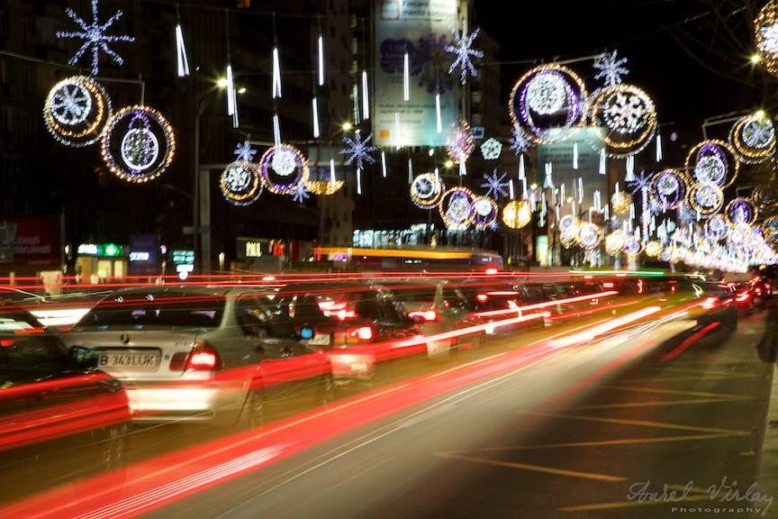bucharest-christmas-market-piata-constitutiei-2_stopuri-rosii-masini-bulevardul-magheru_foto-aurelvirlan_emails2