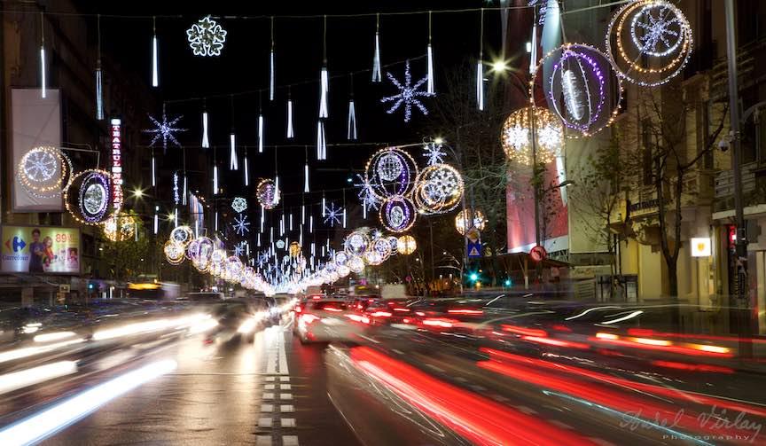 bucharest-christmas-market-piata-constitutiei-2_stopuri-rosii-masini-luminile-sarbatori-oras-bucuresti-bulevardul-magheru_foto-aurelvirlan_emails3