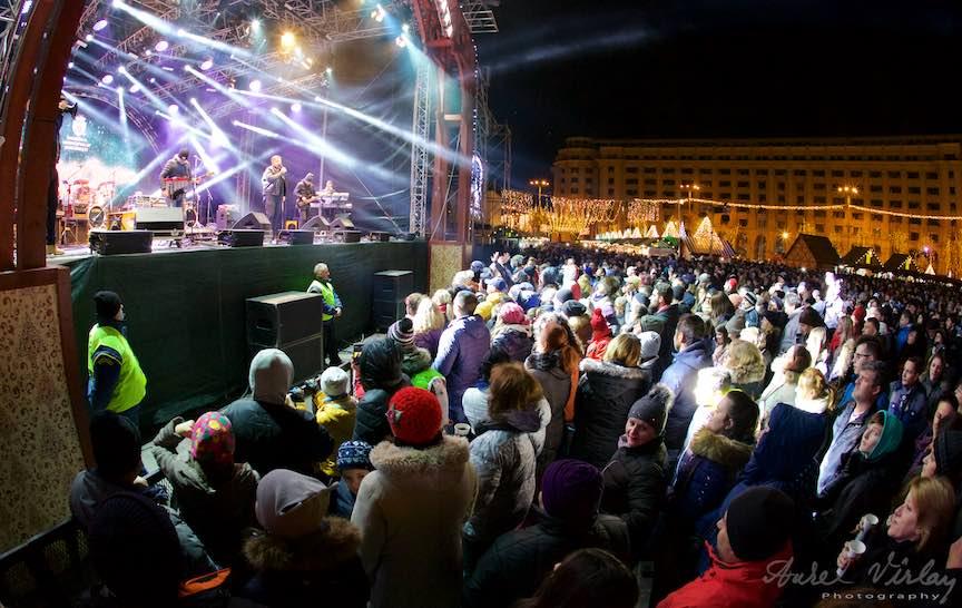 Fotografie cu Fish-Eye Canon la concert in Targul de Craciun.